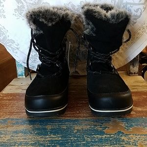 bff3c0aa62127 Champion faux fur boots